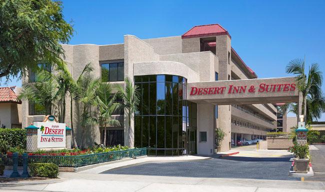 Anaheim Desert Inn & Suites Entrance