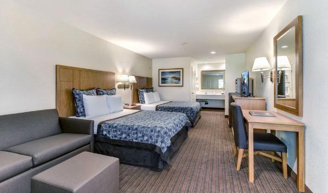 B2 Suite - First Bedroom
